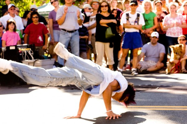 even-flow-dancer4D277AD5-7071-382D-11F2-7D743595359A.jpg