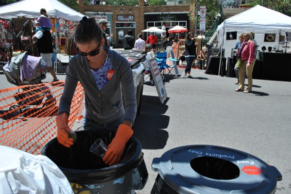 recycling-staff-memberBE81281B-1592-787C-1CA2-2EF49D9665A3.jpg